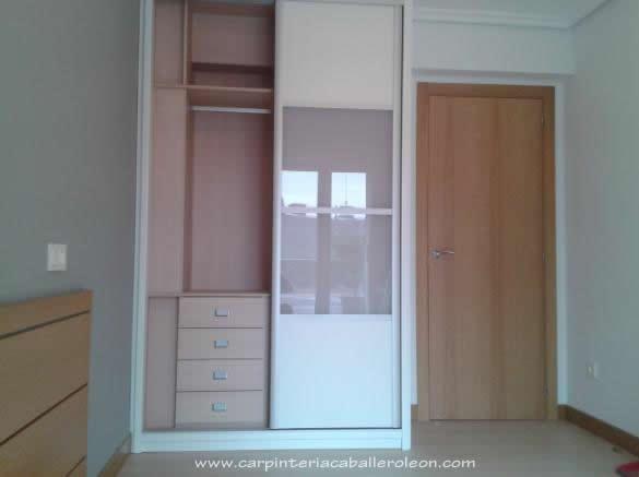 Mueble correderas con puertas serie blanco japonesa - Armario blanco puertas correderas ...