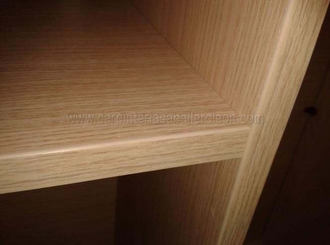 Mueble blanco de habitaci n carpinter a caballero le n for Armarios de pvc para exterior