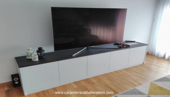 Muebles Lacados Blanco Para Salon.Salon Mobiliario Lacado En Blanco Caballero Leon