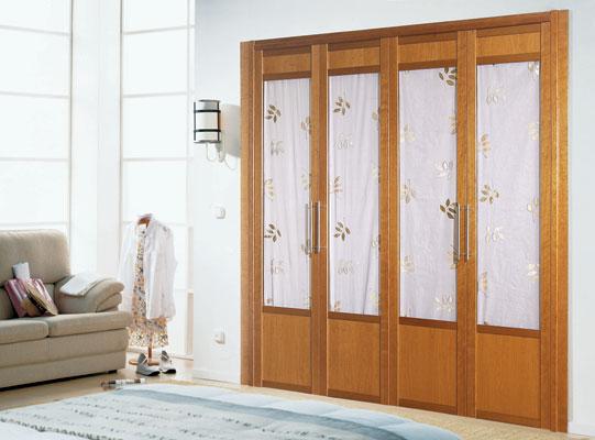 Puertas abatibles y plegables en los armarios caballero le n - Puertas plegables cocina ...