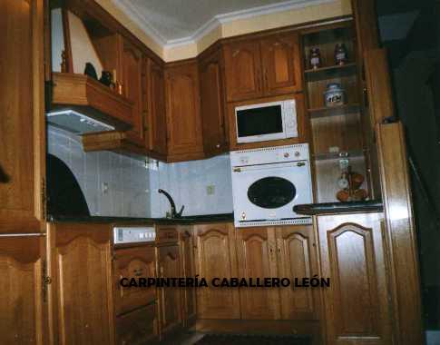 Cocina fabricada roble macizo caballero le n for Muebles cocina leon
