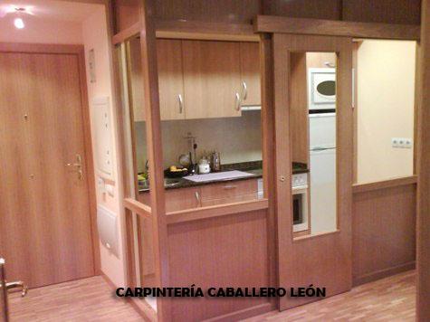 muebles de cocina y cierremarco en madera de roble